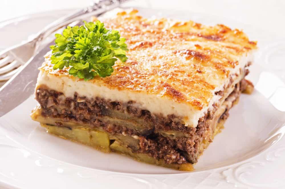 Παραδοσιακός Μουσακάς συνταγή (Μουσακάς με πατάτες και μελιτζάνες) - Tasty  Cooking