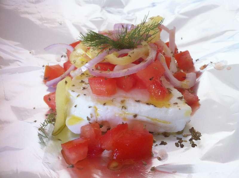 Φέτα μπουγιουρντί συνταγή (Μπουγιουρντί με πιπεριές και ντομάτες σε αλουμινόχαρτο)